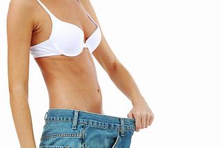 Berechnung des täglichen Kalorienbedarfs Formel für Muskelaufbau